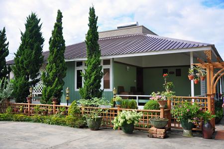Paradise Hotel (Nyaung Shwe)