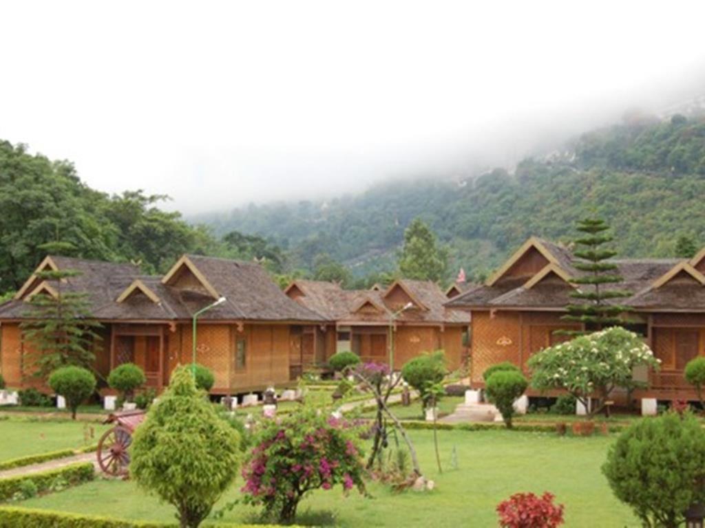 Conqueror Resort